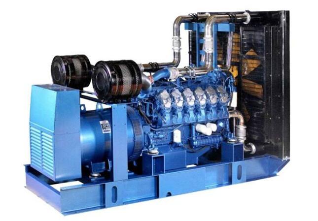 安庆二手康明斯30kw小型柴油发电机组